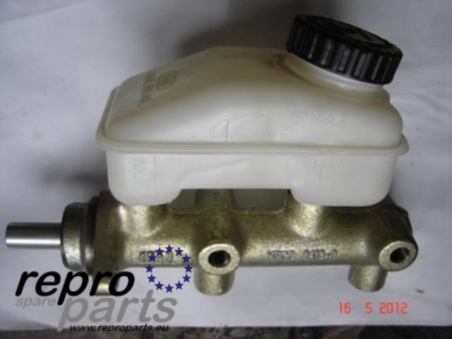 www.reproparts.eu - brake master cylinder